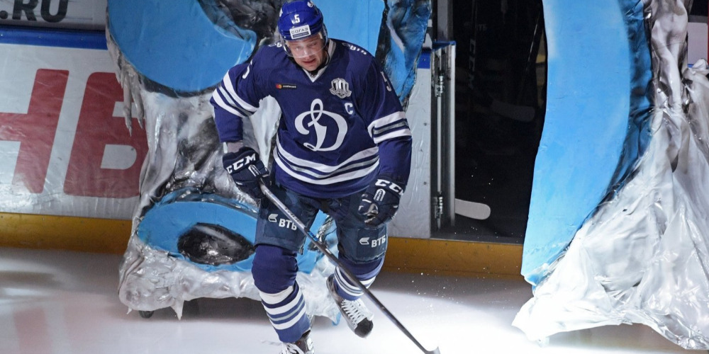 Илья Никулин забросил 100-ю шайбу в КХЛ