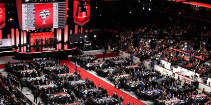 НХЛ объявит формат драфта после того, как утвердит план возобновления сезона