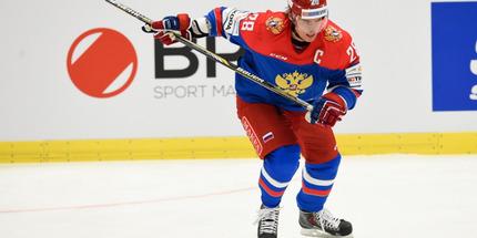Александр Сёмин остался в КХЛ