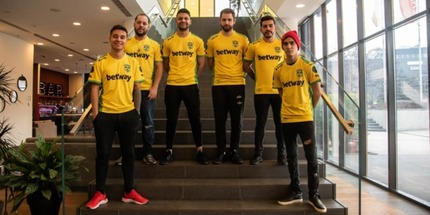 MIBR презентовала новые игровые футболки на IEM Katowice Major 2019 по CS:GO
