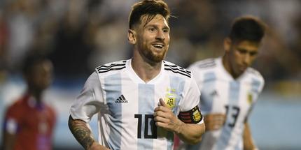 Барселона предложит Месси новый контракт с понижением зарплаты