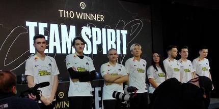 Видео: Team Spirit провела пресс‑конференцию после победы на TI10 при поддержке Parimatch