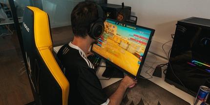 Team Vitality и Astralis сыграют в матче за выход в гранд-финал на DreamHack Open Fall 2020 по CS:GO
