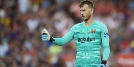 Барселона не хочет отпускать Нето в Арсенал