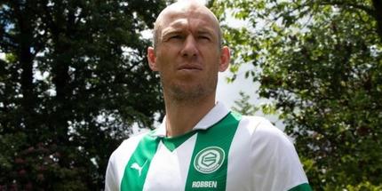 Роббен возобновил карьеру, подписав соглашение с Гронингеном