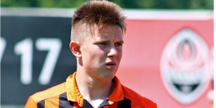 Корниенко продлил контракт с Шахтером