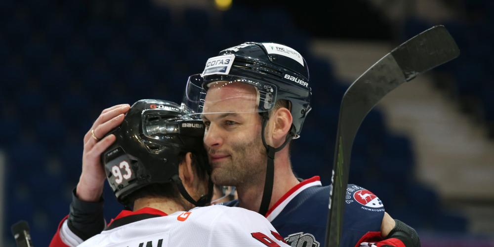 КХЛ дисквалифицировала Степана Захарчука на 15 игр