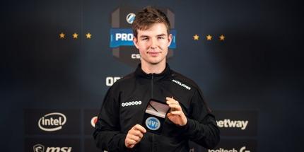 Николай device Ридтц стал MVP-турнира ESL Pro League Season 8 по CS:GO. Это его седьмая медаль в 2018 году