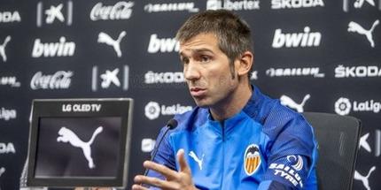Селадес уволен с поста тренера Валенсии