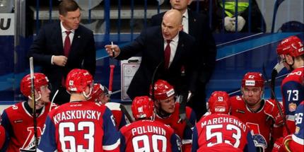 Локомотив потерпел поражение в матче с Адмиралом, прервав серию из четырёх побед