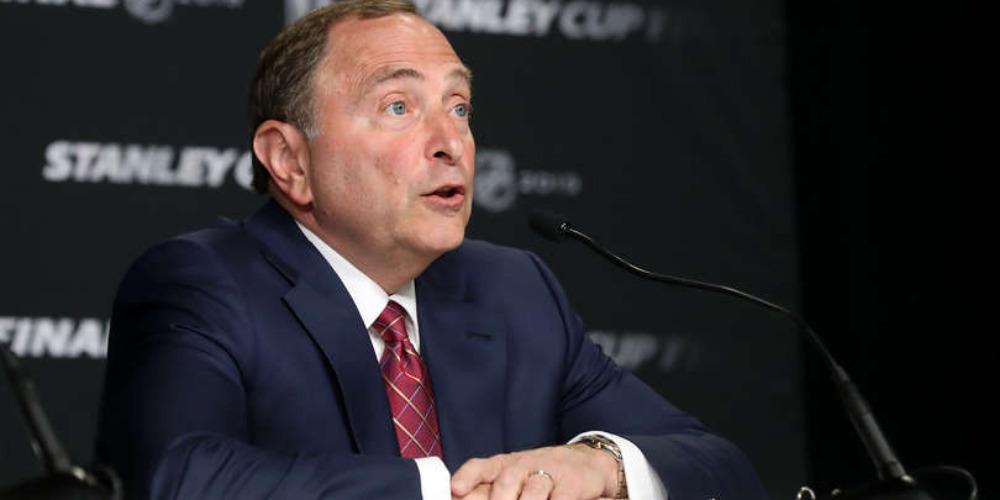 Гэри Беттмэн - комиссар НХЛ