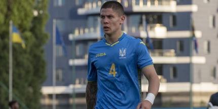 Динамо продлило контракты с тремя молодыми футболистами